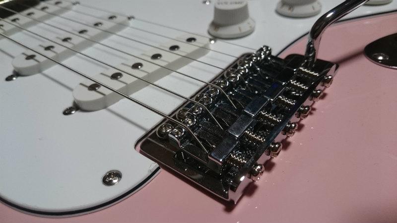 Squier Affinity Stratocasterスクワイヤーのストラトキャスター